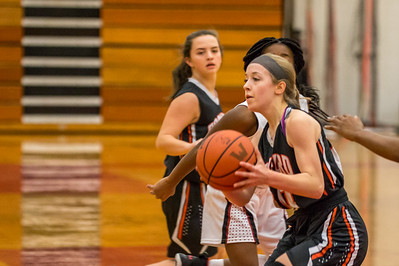 Rockford JV Basketball vs Muskegon 12 7 17-39