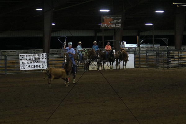 Llano County Team Roping One Header