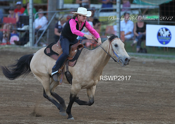 Lyn Lavis from Braidwood, Open Barrel Race.