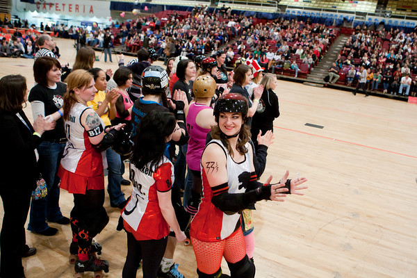 """Scare Force One vs. Cherry Blossom Bombshells. Expo bout: DC DemonCats vs. Capital Offenders (DCDC """"B"""" team)"""