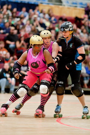 "Scare Force One vs. Cherry Blossom Bombshells. Expo bout: DC DemonCats vs. Capital Offenders (DCDC ""B"" team)"