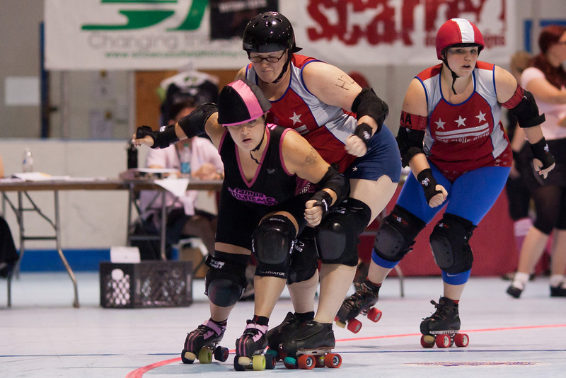 DC Rollergirls All Stars vs Tampa Bay Derby Darlins at ECDX 2011