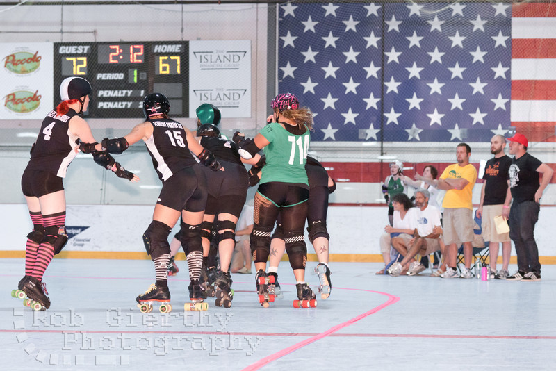 Roc City versus Long Island Roller Girls at the 2011 Empire Skate Showdown.