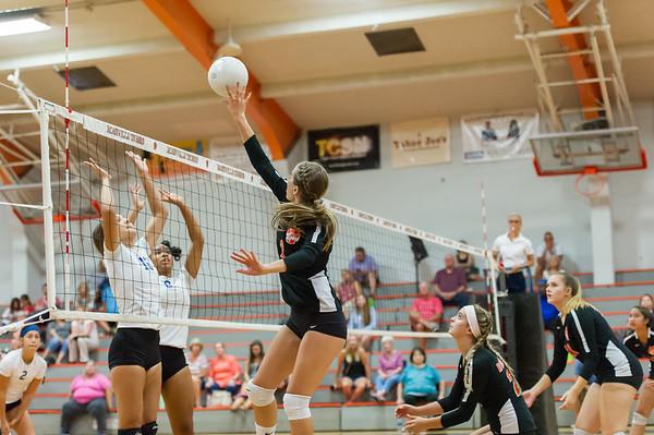 Roseville High School Varsity Girls Volleyball vs Del Campo 8-28-19