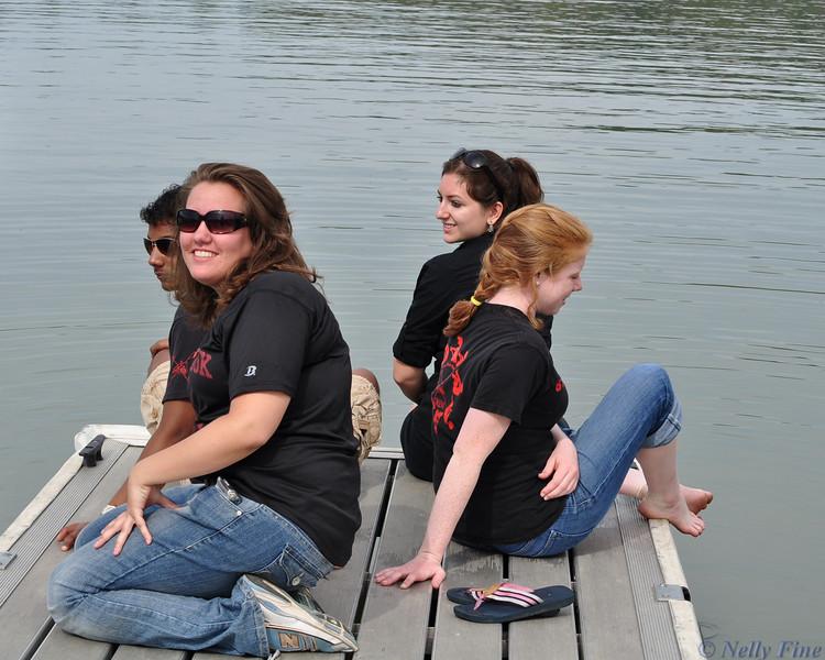 Cheer squad: Andrea, Kirsten, Jess, Daryl.