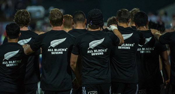 The New Zealand team leave as a unit after warming up for their Pool A match against Samoa during the first day of the IRB Sevens World Series rugby tournament at the Emirates Airline Dubai Rugby Sevens in Dubai, UAE, Friday, Dec. 5th, 2014. Photo by: Stephen Hindley/Sportdxb/Photosport