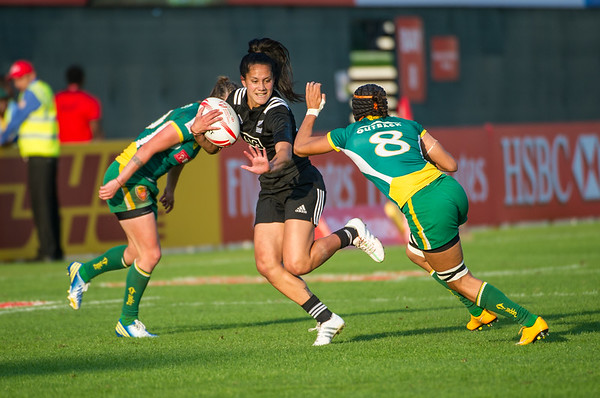 Shiray Tane of New Zealand evades the tackle in the Pool A match against Brazil during the first day of the IRB Women's Sevens World Series rugby tournament at the Emirates Airline Dubai Rugby Sevens in Dubai, UAE, Thursday, Dec. 3rd, 2015. Photo by: Stephen Hindley/Sportdxb/Photosport