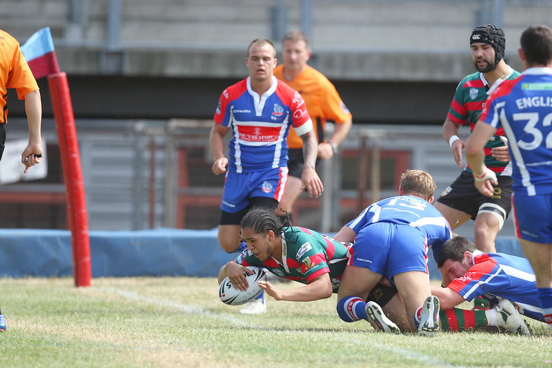 Jy-Mel Coleman goes over the line during London Skolars 28-26 victory over the Rochdale Hornets