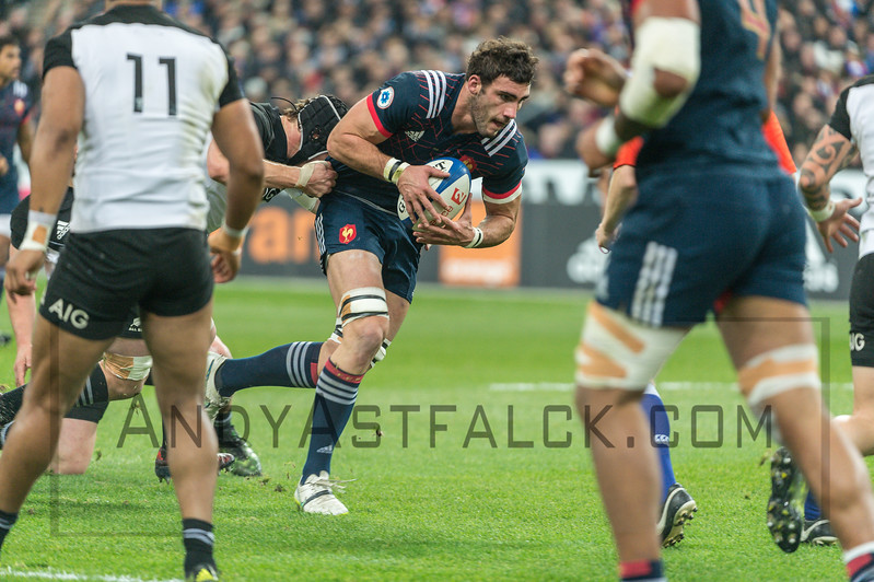PARIS, FRANCE - NOVEMBER 26: Charles Ollivon of France in action during the international friendly test match between France and New Zealand (All Blacks) at Stade de France on November 26, 2016 in Saint-Denis near Paris, France.