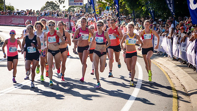 Madi ROBERTS, Kelly Ann Perkins, Jessica Trengrove, Susan Kuijken, Zoe Buckman, Milly Clark - 2013 Noosa Women's Asics 5k Bolt Run - 2013 Super Saturday at the Noosa Triathlon Multi Sport Festival, Noosa Heads, Sunshine Coast, Queensland, Australia. Camera 1. Photos by Des Thureson - http://disci.smugmug.com