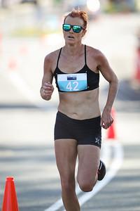 Eloise Wellings - ASICS Noosa Bolt (Noosa 5k Bolt) - 2015 Super Saturday at the Noosa Triathlon Multi Sport Festival, Noosa Heads, Sunshine Coast, Queensland, Australia. Camera 2. Photos by Des Thureson - http://disci.smugmug.com