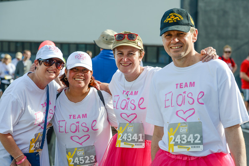 "Team Eloise - Posing for camera at entrance to Story Bridge, Brisbane - 2017 Sunday Mail Brisbane to Brisbane Fun Run, Sunday 27 August; Queensland, Australia. Camera 1. Photos by Des Thureson - <a href=""http://disci.smugmug.com"">http://disci.smugmug.com</a>"