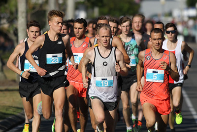 Stewart McSweyn, Chris Hamer, Brad Milosevic - 2016 ASICS Bolt (Noosa 5k Bolt Run) - Super Saturday at the Noosa Triathlon Multi Sport Festival, Noosa Heads, Sunshine Coast, Queensland, Australia. Saturday 29 October 2016. - Camera 1