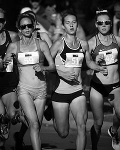 Alternate Processing: High Contrast B&W - Victoria Mitchell, Genevive Lalonde, Linden Hall - 2016 ASICS Bolt (Noosa 5k Bolt Run) - Super Saturday at the Noosa Triathlon Multi Sport Festival, Noosa Heads, Sunshine Coast, Queensland, Australia. Saturday 29 October 2016. - Camera 1