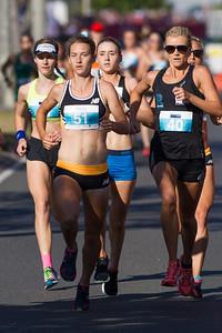 Genevive Lalonde, Elouise Wellings - 2016 ASICS Bolt (Noosa 5k Bolt Run) - Super Saturday at the Noosa Triathlon Multi Sport Festival, Noosa Heads, Sunshine Coast, Queensland, Australia. Saturday 29 October 2016. - Camera 1