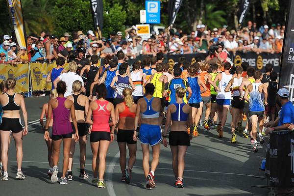 Men's start - Noosa 5k Bolt, Noosa Multi Sport Festival, Noosa Heads, Sunshine Coast, Queensland, Australia; 30 October 2010.