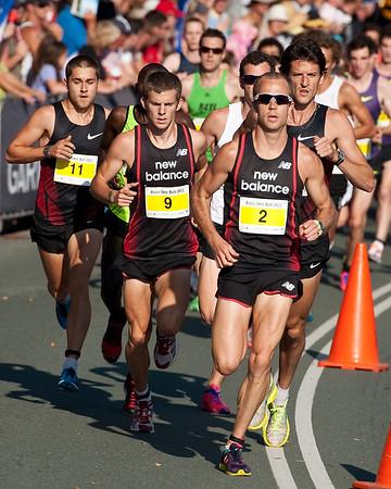Ben St Lawrence, Brett Robinson, Jordan WILLIAMSZ - 2011 Men's & Women's Asics 5k Bolt (Run) - Super Saturday at the Noosa Triathlon Multi Sport Festival, Noosa Heads, Sunshine Coast, Queensland, Australia; 29 October 2011.