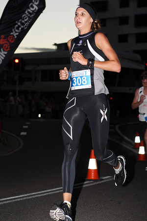 2012 ASICS Twilight 5km Run; Mooloolaba, Sunshine Coast, Queensland, Australia; 23 March 2012. Photos by Des Thureson - disci.smugmug.com.