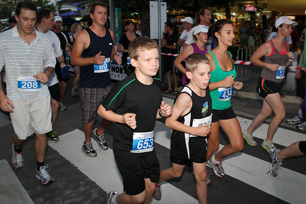 Go! - The Start - 2012 ASICS Twilight 5km Run; Mooloolaba, Sunshine Coast, Queensland, Australia; 23 March 2012. Photos by Des Thureson - disci.smugmug.com.