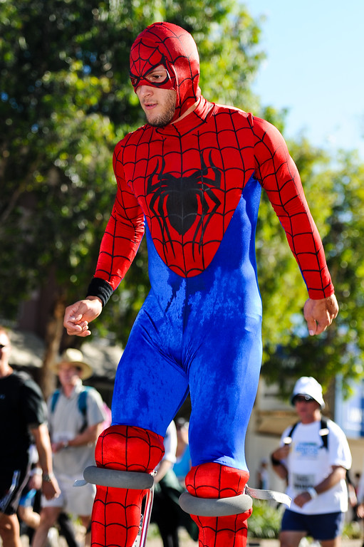 "2011 Bridge to Brisbane Fun Run; Sir Leo Hielscher Bridge (Gateway Bridge) to RNA Showgrounds. Photos by Des Thureson:  <a href=""http://disci.smugmug.com"">http://disci.smugmug.com</a>."