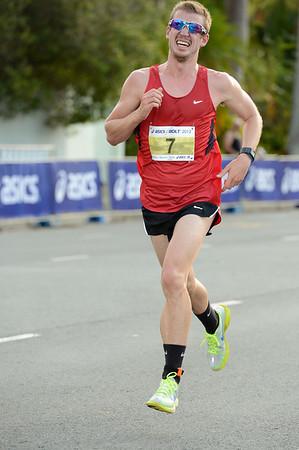 Michael Colston - 2012 ASICS Bolt 5km Run (Asics 5k Bolt) - Men & Women; Mooloolaba, Sunshine Coast, Queensland, Australia; 03 November 2012. Photos by Des Thureson