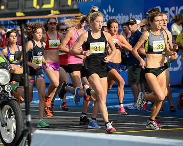 Georgina Clarke, Zoe BUCKMAN, 2012 ASICS Bolt 5km Run (Asics 5k Bolt) - Men & Women; Mooloolaba, Sunshine Coast, Queensland, Australia; 03 November 2012. Photos by Des Thureson