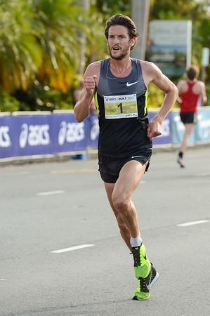 Collis Birmingham - 2012 ASICS Bolt 5km Run (Asics 5k Bolt) - Men & Women; Mooloolaba, Sunshine Coast, Queensland, Australia; 03 November 2012. Photos by Des Thureson