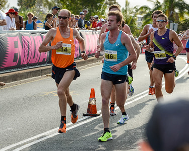 Steve Moneghetti - 2012 ASICS Bolt 5km Run (Asics 5k Bolt) - Men & Women; Mooloolaba, Sunshine Coast, Queensland, Australia; 03 November 2012. Photos by Des Thureson.