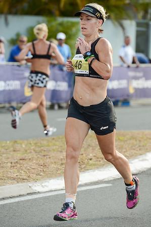 Amanda Watson - 2012 ASICS Bolt 5km Run (Asics 5k Bolt) - Men & Women; Mooloolaba, Sunshine Coast, Queensland, Australia; 03 November 2012. Photos by Des Thureson