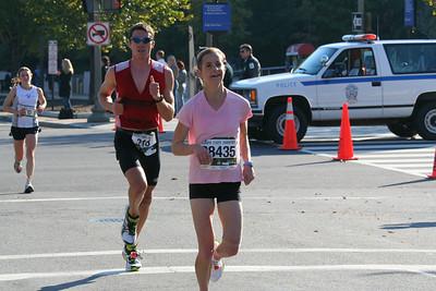 Women's winner Cate Fenster (Bethesda MD) (2:48:55)