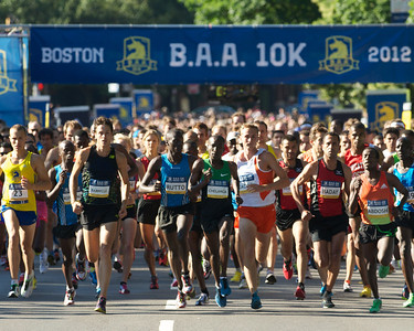 062412, Boston, MA - The Second Annual Boston Athletic Assicoation 10K kicks off on Charles Street. Herald photo by Ryan Hutton