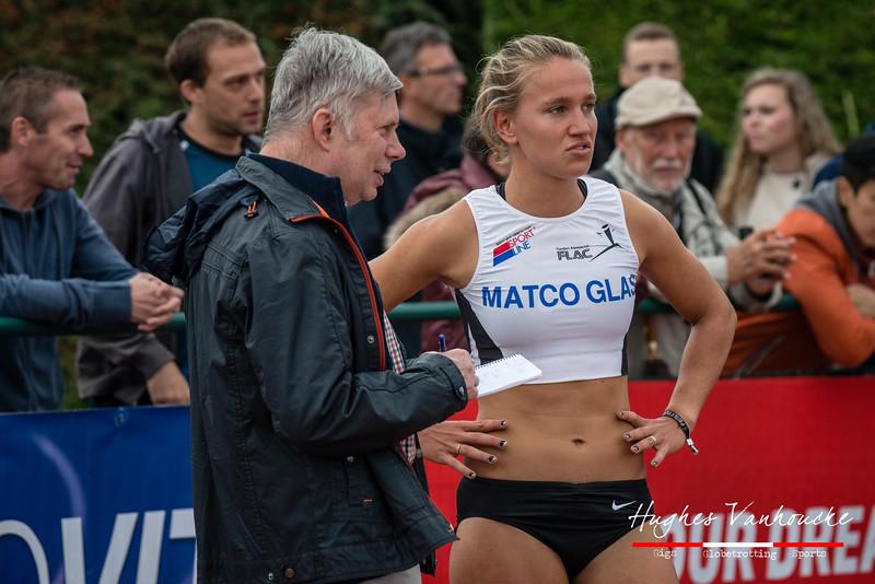 Kersverse Belgische kampioene Flavie Vanbesien (FLAC Hoppeland) - 400 M Horden - BK Juniors & Beloften - Julien Saelens Stadion - Brugge - West-Vlaanderen