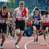 Start van de 800 M Juniors met vlnr Sep Schillebeeckx (ROBA), Elias Vuorinen (White Star Brussel), Iwein Bau (AV Roeselare) & Tomas Sisk (DCLA) - Julien Saelens Stadion - Brugge - West-Vlaanderen