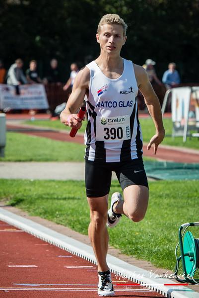 Massimo Renson (FLAC Oostkamp) op de 4 x 200 M - BK Aflossingen 2015 - AS Rieme Atletiekpiste - Ertvelde - Oost-Vlaanderen