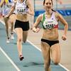 Hanne Pardaens gevolgd door Jolien De Meyer & Vicky Groffen - 800 M dames beloften - Belgisch Kampioenschap Indoor Atletiek - BLOSO Topsporthal - Gent