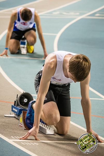 Robbe Vanhoof klaar voor de start - 400 M - Belgisch Kampioenschap Indoor Atletiek - BLOSO Topsporthal - Gent