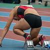 Louise Van Eecke (ASVO) in de startblokken van 400 M horden bij de beloften.