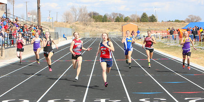 Linge/Ft. Laramie's Taylor Bever cruises to the finish in the 200 meter dash.