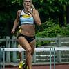 Hanne Claes in haar eerste 400 M horden op het Open Belgisch Studenten Kampioenschap in Luik