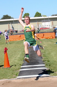 Hay Spring's Austin Weyers 2nd in long jump