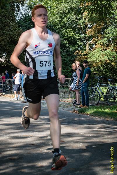 Arnaud Vergote van FLAC Poperinge op de 7 Km