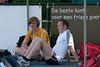 Chillen vóór of na de wedstrijd naargelang de atleet (Yngwie Vanhoucke & Jan Carly) - Grote Prijs Stad Lokeren - Oost-Vlaanderen - België