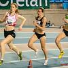 Hanne Van Loock (DCLA), Yentl Vandenberghe (AV Lokeren) & Sofie Lauwers (RAM) op de 800 M Dames @ Kampioenschap van Vlaanderen - BLOSO Topsporthal - Gent