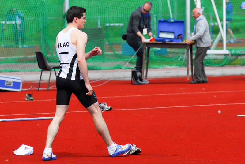 Mathias Sanctorum maakt zich op voor een sprong van 1,95 M - Interclub Ereafdeling K.B.A.B. - Beveren<br /> <br /> Mathias Sanstorum se préparant pour un saut de 1,95 M - Intercerlces Division d'Honneur L.R.B.A. - Beveren<br /> <br /> Mathias Sanctorum getting ready for a jump of 1,95 M - Interclub Belgian A Teams - Beveren - Belgium<br /> <br /> Mathias Sanctorum se está preparando para un salto de 1,95 M - Interclub Equipos A Bélgica - Beveren - Bélgica