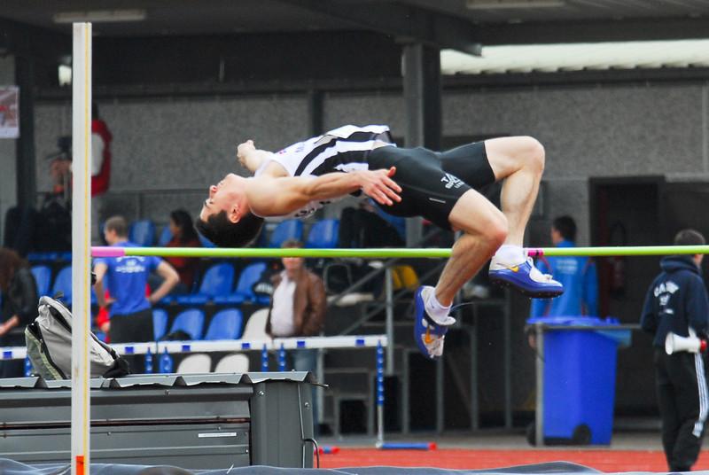 Mathias Sanctorum met een sprong van 1,95 M, goed voor een derde plaats - Interclub Ereafdeling K.B.A.B. - Beveren<br /> <br /> Mathias Sanctorum avec un saut de 1,95 M, bon pour une troisième place - Intercerlces Division d'Honneur L.R.B.A. - Beveren<br /> <br /> Mathias Sanctorum with a 1,95 M jump, good for a third place - Interclub Belgian A Teams - Beveren - Belgium<br /> <br /> Mathias Sanctorum con un salto de 1,95 M, bueno para el tercer puesto - Interclub Equipos A Bélgica - Beveren - Bélgica