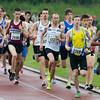 Eerste doortocht van de 1.500 M met op kop Henok Vermeire van AZW voor Yirco Van Herck (ARAC) & Stijn Baeten (Bonheiden) - Kampioenschap van Vlaanderen - Beveren-Waas - Oost-Vlaanderen