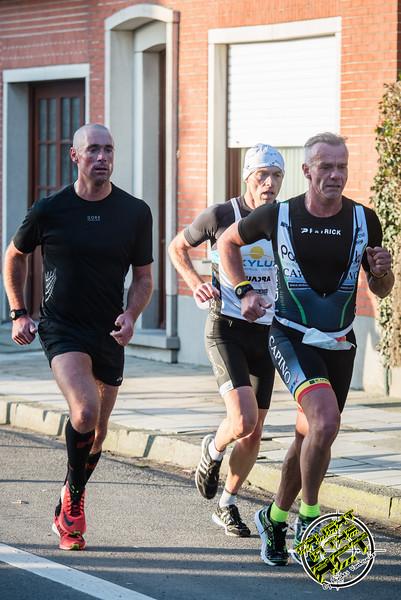 Kurt Jurgens loopt op kop bij de veteranen 2 - Kerstcorrida - Langemark - West-Vlaanderen