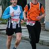 Rudy Dekeersmaecker van FLAC Ieper en Ludovic Desmet van Vrienden Atletiek Dadizele - Kerstcorrida - Langemark - West-Vlaanderen