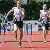 Jan Carly & Robbe Vanhoof finishen op de 400 M horden - Memorial Leon Denys - Atletiekpiste Izegem - West-Vlaanderen