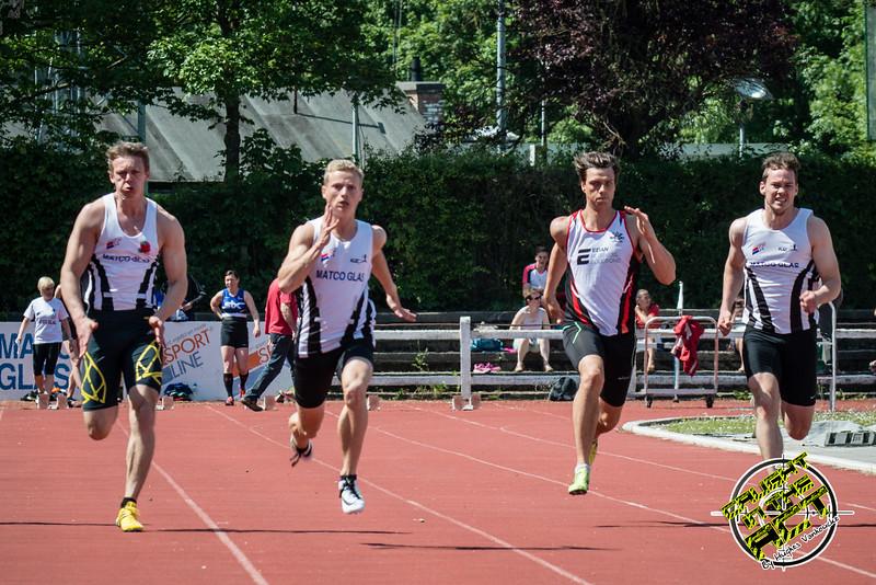 100 M met Ken Neyt, Massimo Renson, Daniel Helsens (STAX) & Rinus Staessen - Memorial Leon Denys - Atletiekpiste Izegem - West-Vlaanderen